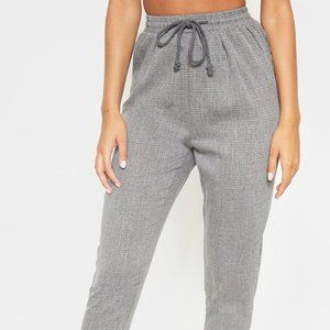PRETTY LITTLE THING-GREY CASUAL TROUSERS